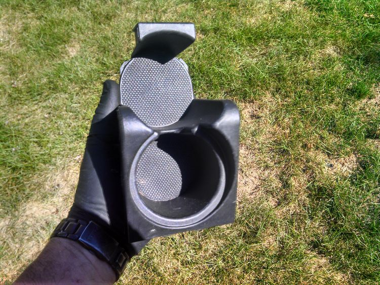 Clean 2007 Acura TL Cupholder