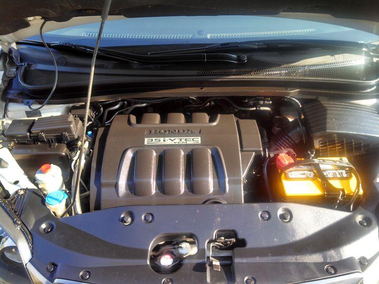 Detailed Honda Odyssey Engine