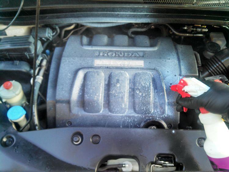 Non Silicone Engine Dressing