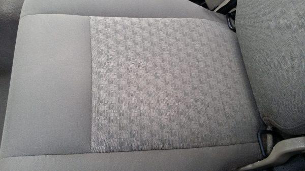 2007 Jeep Cherokee Seat