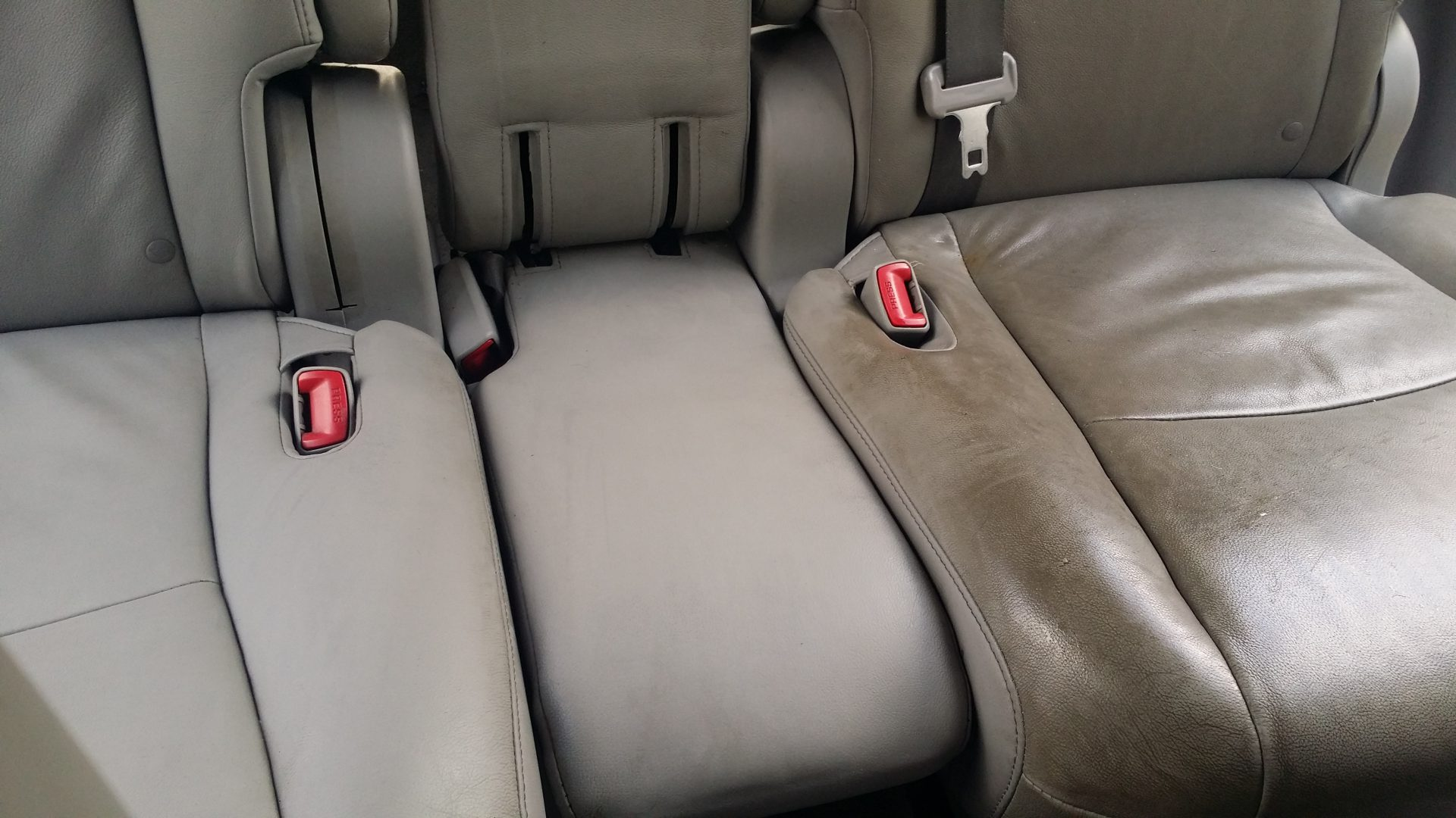 Steam cleaning leather car seats for How to clean interior car seats